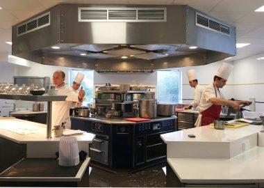 L'Institut Paul Bocuse devient la 1ère école française à recevoir une étoile Michelin pour son restaurant d'application