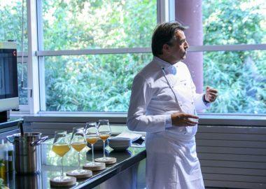 L'Institut Paul Bocuse et le Chef Yannick Alleno lancent le premier cycle de formation dédié à la sauce